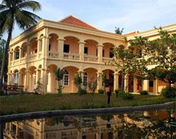 Ibus verkoopt hotelketen Vietnam