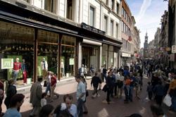 Kalverstraat opnieuw duurste winkellocatie Nederland