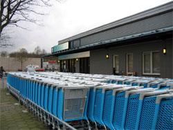 Supermarkten kurk van middelgrote centra