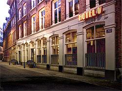 Hotel V opent deuren aan Nes in Amsterdam