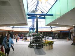 Heropening uitgebreid winkelcentrum Papendrecht