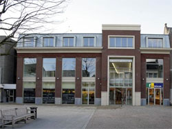 Hout-Brox huurt 610 m2 in Helmond