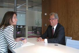 Sabine Bentvelzen: kijkje in 'glazen bol' met Henk Jagersma