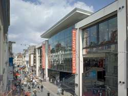 Redevco/Hermes koopt winkelcentrum in Frankrijk