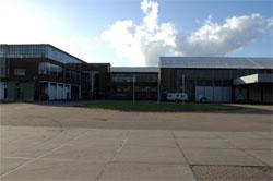 Tuinmeubelland naar Bruynzeelfabriek