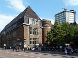 Foodmarkt van 2.000 m2 onder oud postkantoor Utrecht