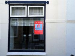 Huizenkopers negatief door hoge prijzen