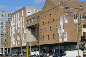 Amsterdammers blieven IJburg niet