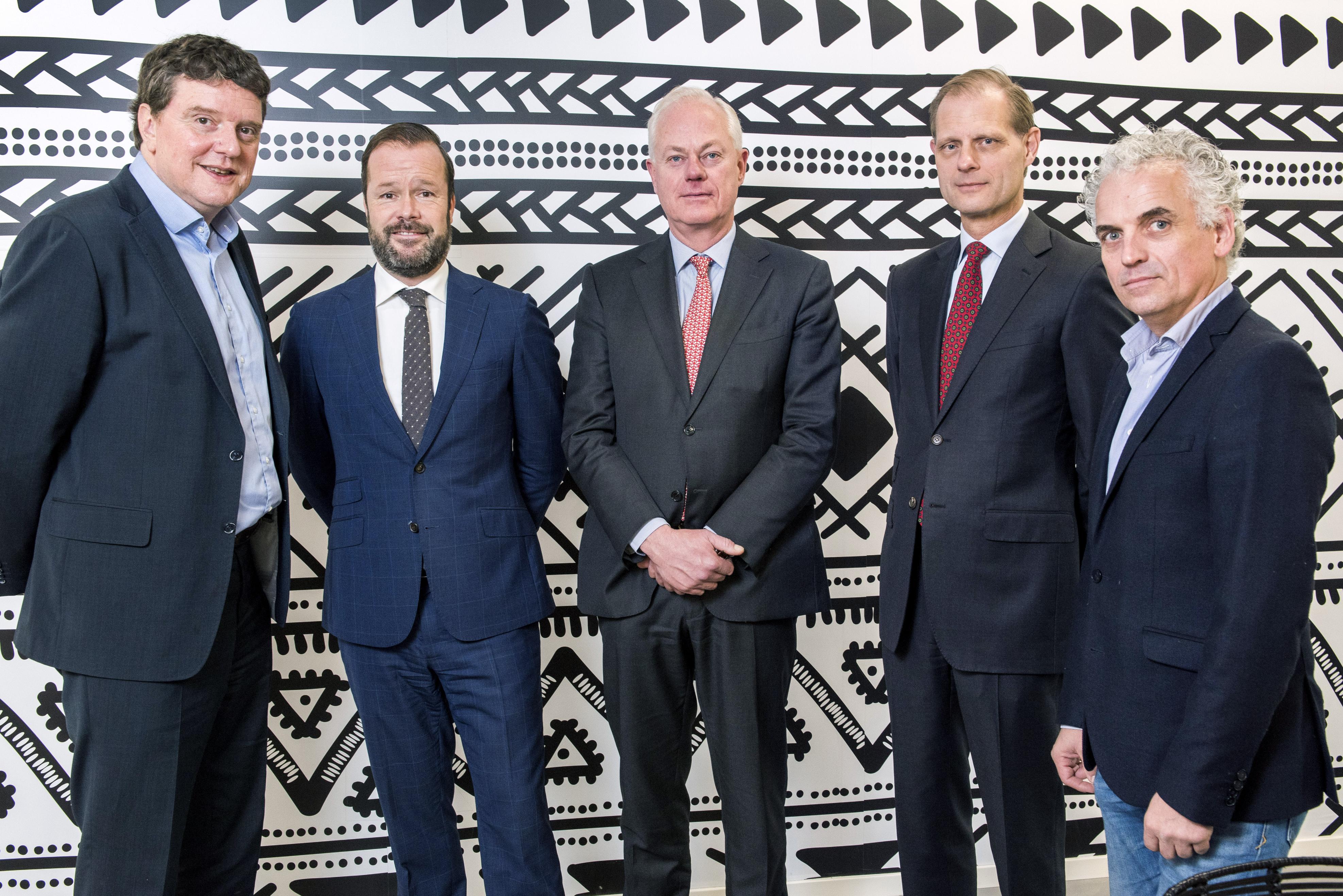 Johannes van Bentum, Wilfred van der Neut, Jan Willem van Roggen, Roel Vollebregt en Boris van der Gijp
