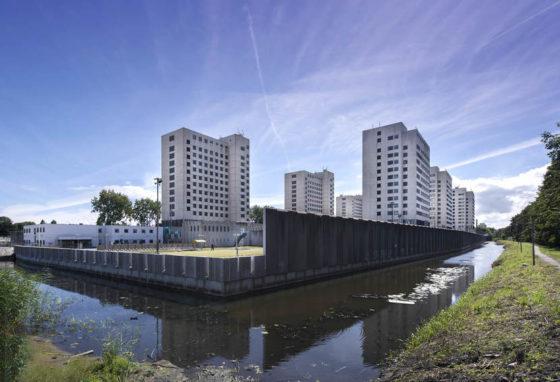 Studenten ontwerpen verticale boerderij in Bijlmerbajes