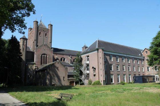 Klooster Haarendael afgebrand
