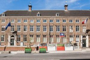 Capricorn koopt Walenweeshuis in Amsterdam