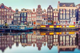 Amsterdam en Booking.com maken afspraken
