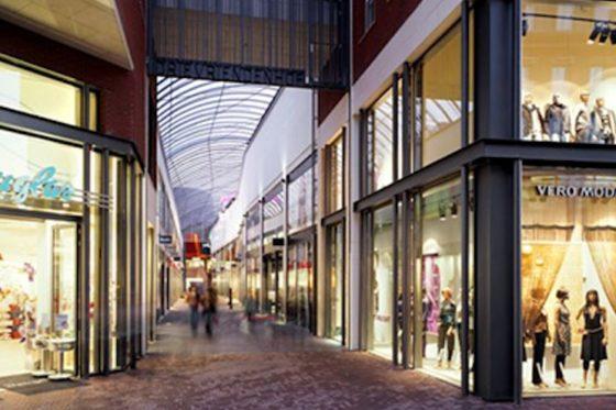 Backwerk en Pearle naar winkelpassage Dordrecht