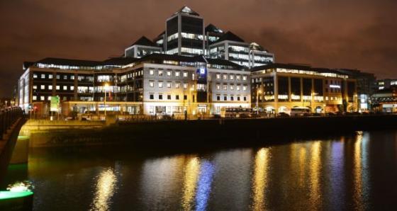 Vastgoedfonds Fidelity haalt 300 miljoen op