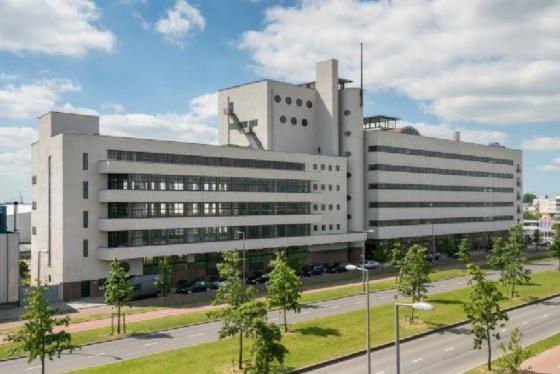 Dudok koopt Haka-gebouw Rotterdam van Vestia