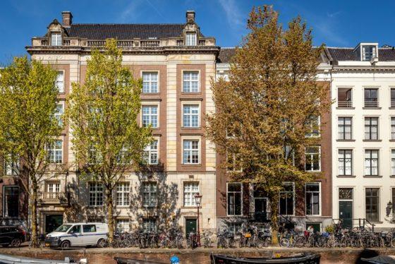 Cording en Warburg kopen Herengracht-kantoor
