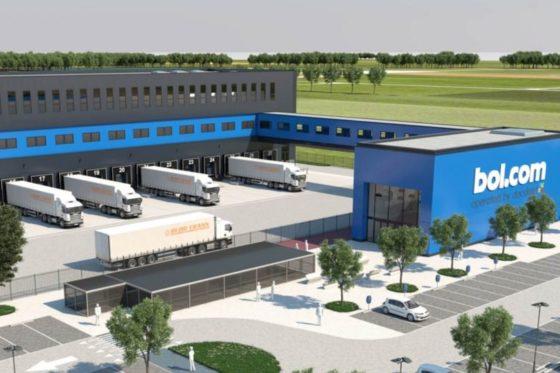Bol.com opent megadistributiecentrum Waalwijk