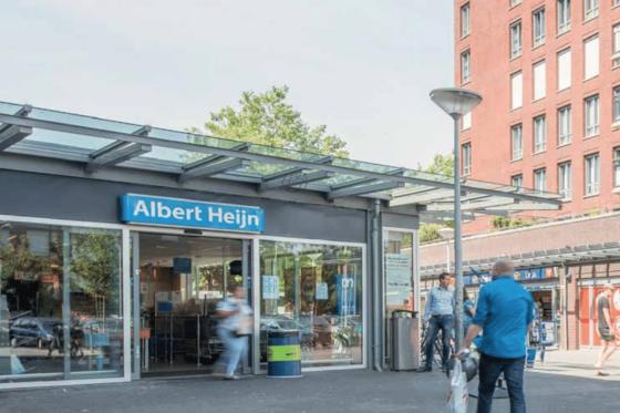 'Breng bloedbanken onder in kleine winkelcentra'