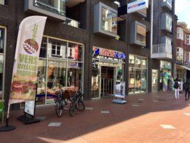 ANWB houdt magazijnverkoop op 1.000 m2 in Eindhoven