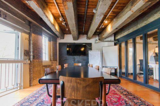Superstudios: bruisend kantoor op historische locatie