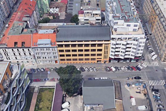 Arcona verkoopt historisch kantoorpand in Praag