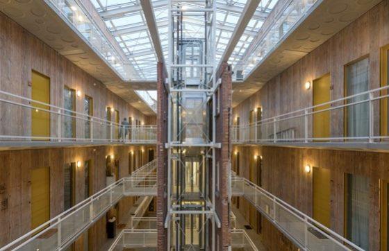 Kaaspakhuis aan Westerkade 2 in Gouda