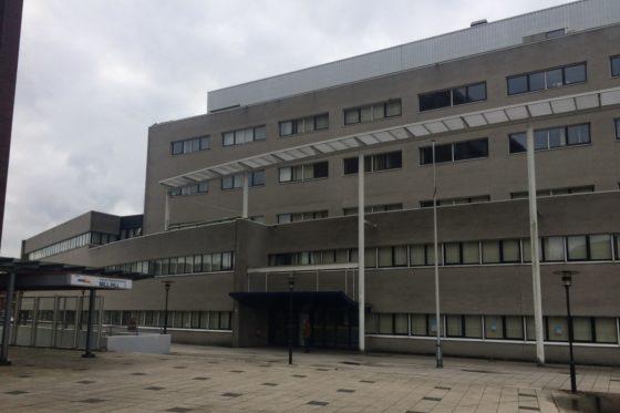 Roosendaal koopt oud-belastingkantoor voor hogeschool