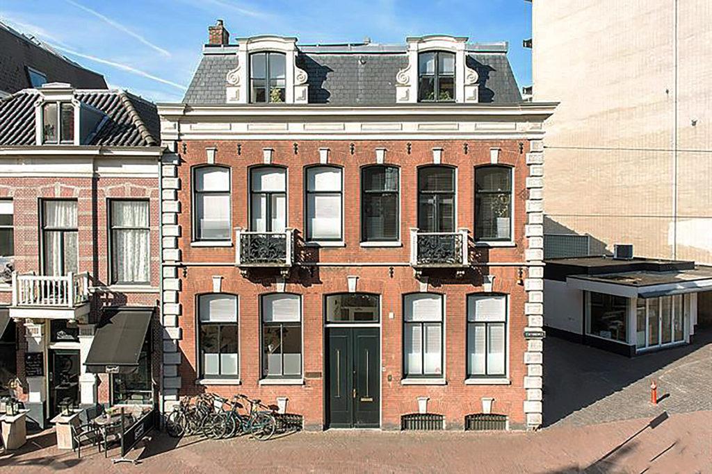 Stationsweg 32, Leiden