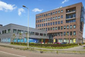 Joint venture koopt Joop Geesinkweg 140-199 in Amsterdam