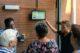 20180727 foto uitleg scherm in entreenhal aan bewoners op 26 07 2018 e1532689487894 80x53