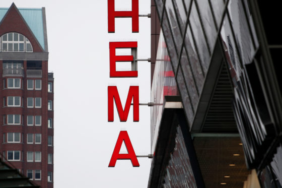 Hema zegt contracten met franchisenemers op