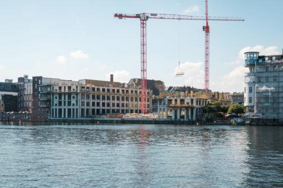 'Top-10 bouw: orderboek puilt uit, marge blijft dun'