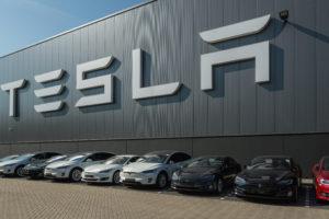 Tesla bouwt grote autofabriek in Duitsland