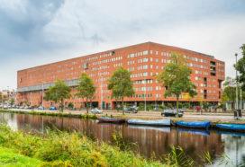 Amsterdam doet koopwoning tot 2025 in de ban