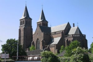 Projectontwikkelaar koopt Walburgiskerk in Arnhem