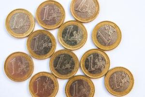 Belegger verhuurt winkels voor 12 euro per jaar