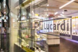 Juwelier Lucardi naar centrum Hoorn