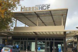 Vernieuwd winkelcentrum Herenhof feestelijk heropend