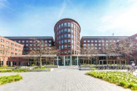 V&VN huurt gezond in Courtyard Building