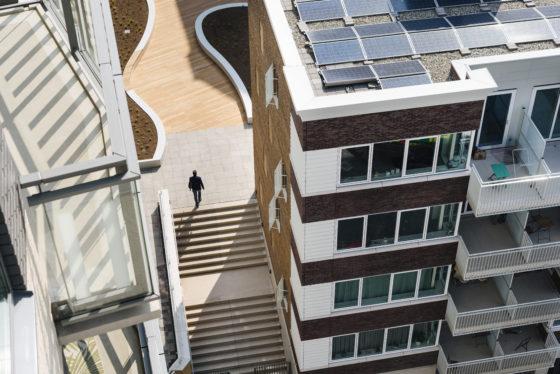 Nieuwbouw Holland Park verduurzaamt met warmtenet