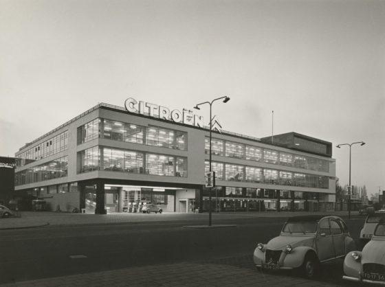 Deloitte vestigt zich in iconische Citroën-garage in Amsterdam