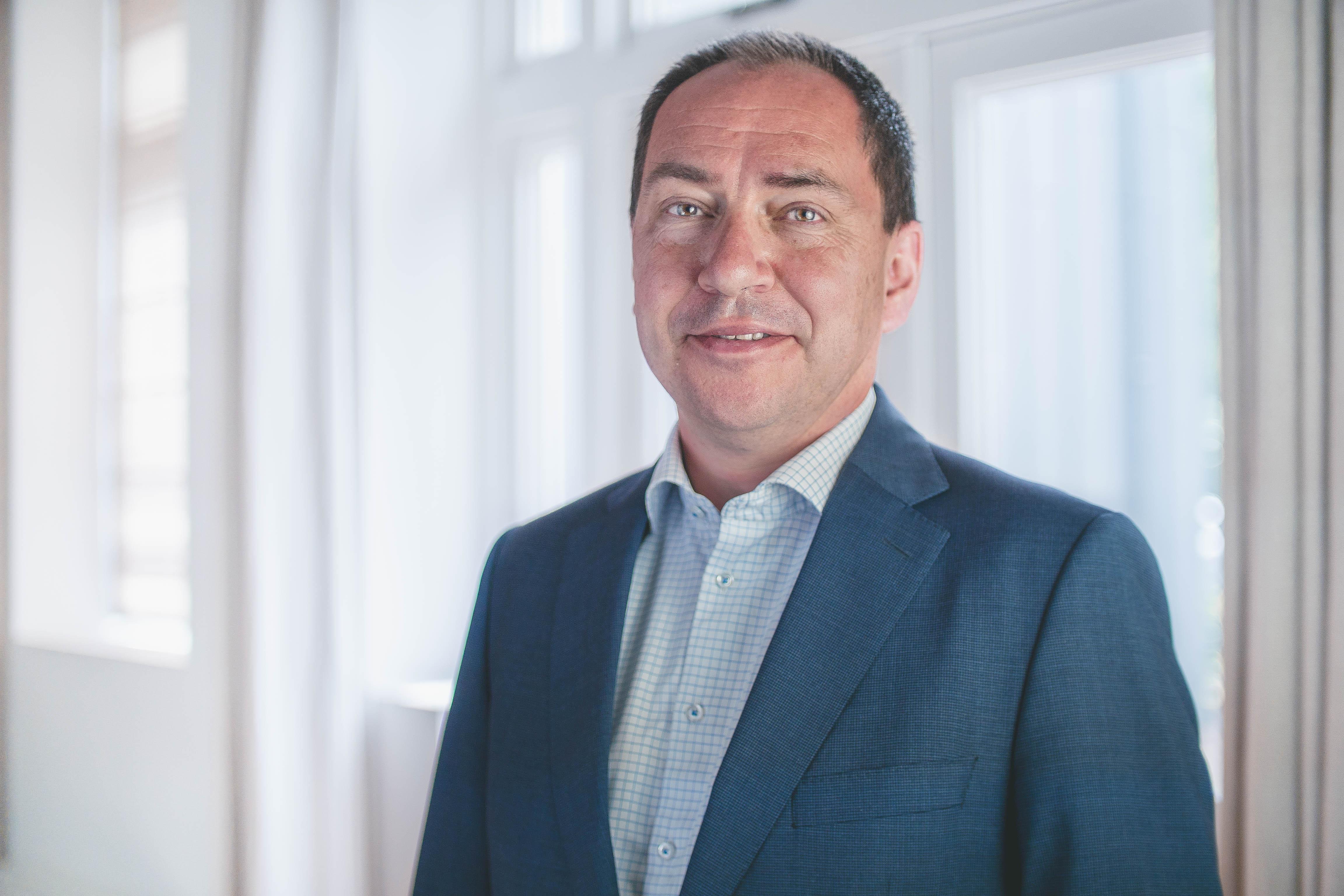 Niche-belegger Primevest gaat in lantaarnpalen
