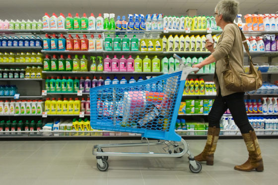 'Omzet fysieke supermarkt stabiliseert ondanks online groei'