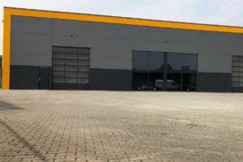 Heftruckbedrijf huurt bedrijfshal in Hengelo