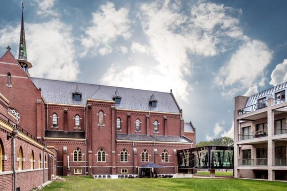 Wat betaalde Catella voor een klooster