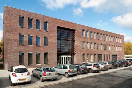 Wat betaalde Moneybird voor kantoor in Enschede?