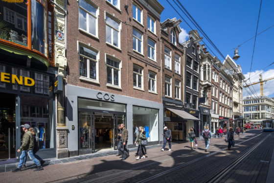 Welke winkels kocht ASR Real Estate voor 94 miljoen?