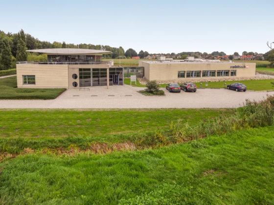 Heerlijkehuisjes.nl koopt kantoor in Steenwijk