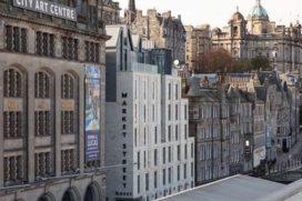 Carlton opent hotel in Edinburgh